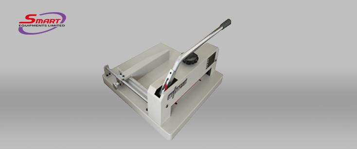 Manual cutting machine 3204A_734X306